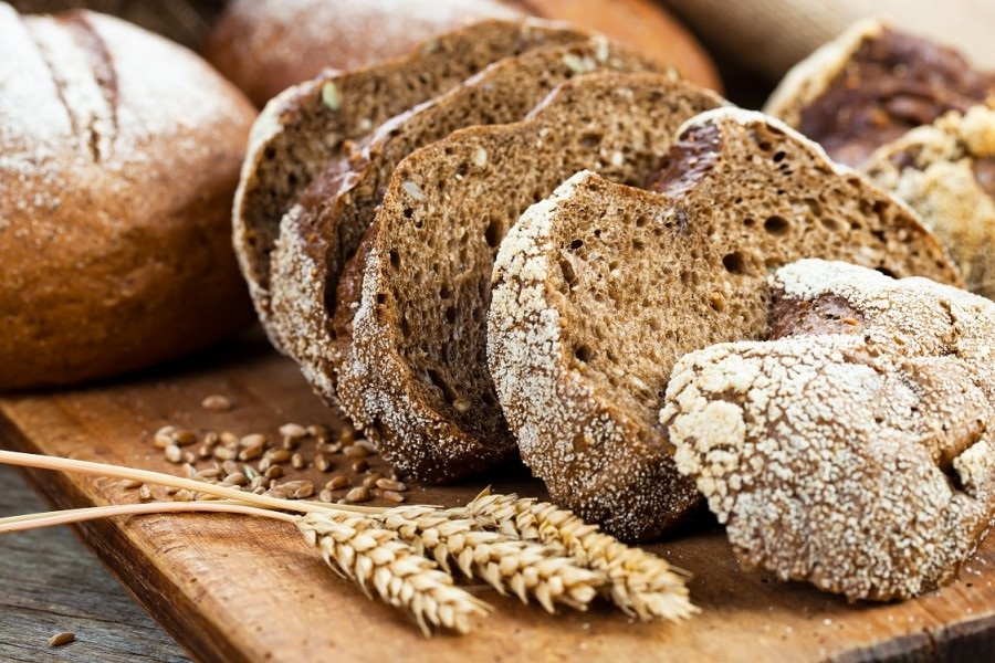 Meglio il pane integrale, il pane bianco o il pane di segale?