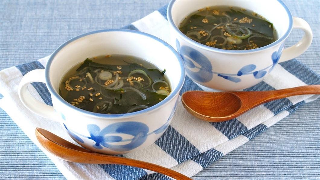 zuppa-wakame-come-si-cucinano-le-alghe-biolis negozio biologico di messina